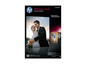 HP Premium Plus Glossy Photo Paper 300 G/M - CR677A